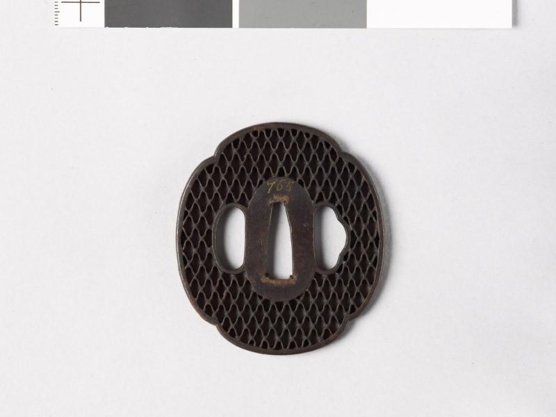 Mokkō-shaped tsuba with ajiro, or netting pattern