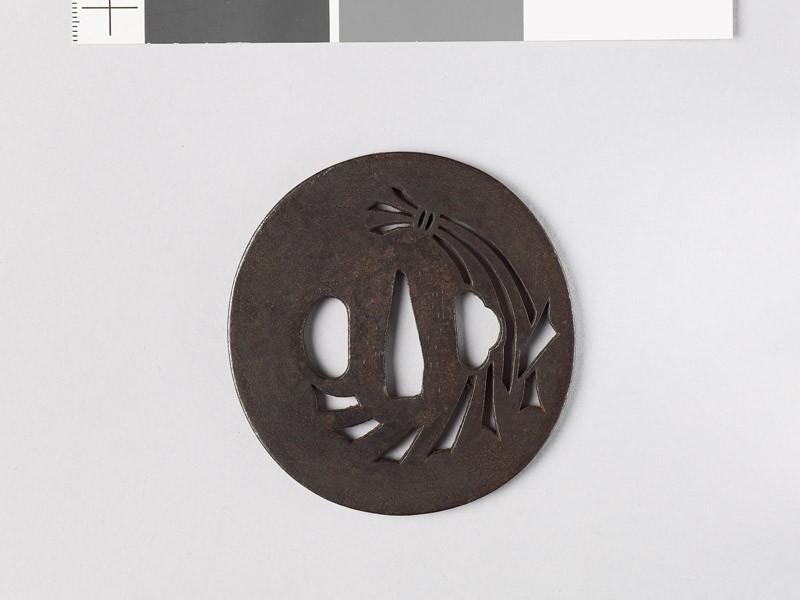Tsuba with noshi, or auspicious abalone (EAX.10744, front           )
