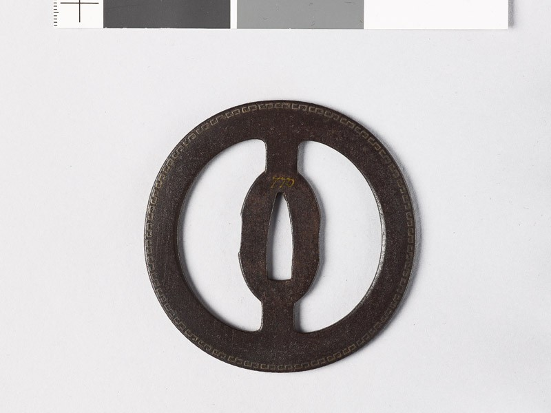 Round tsuba with fret patterns (EAX.10897, front           )