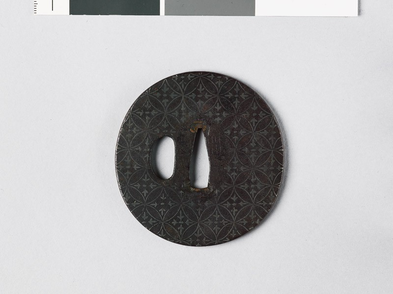 Tsuba with shippō diaper of interlaced circles (front           )