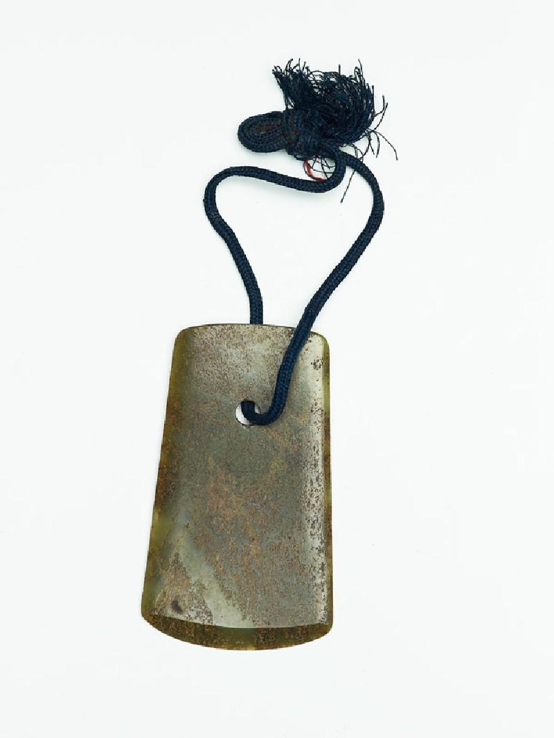 Ritual jade axe (EAX.5536, front          )