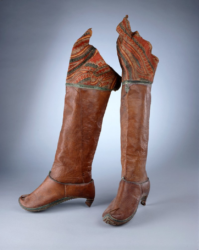 Pair of riding boots (EAX.7345, oblique          )
