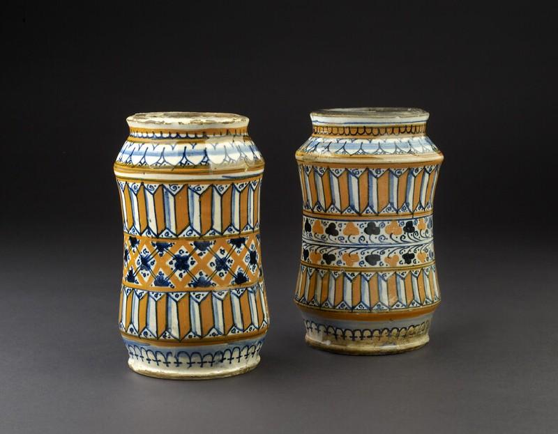 Albarello (pharmacy jar) (WA1888.CDEF.C411)
