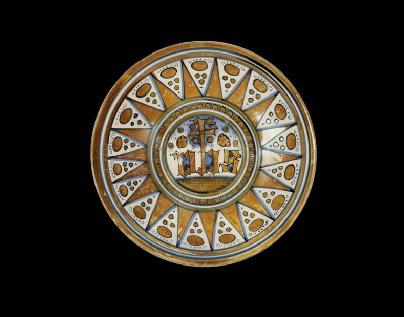 Plate, the Sacred Trigram