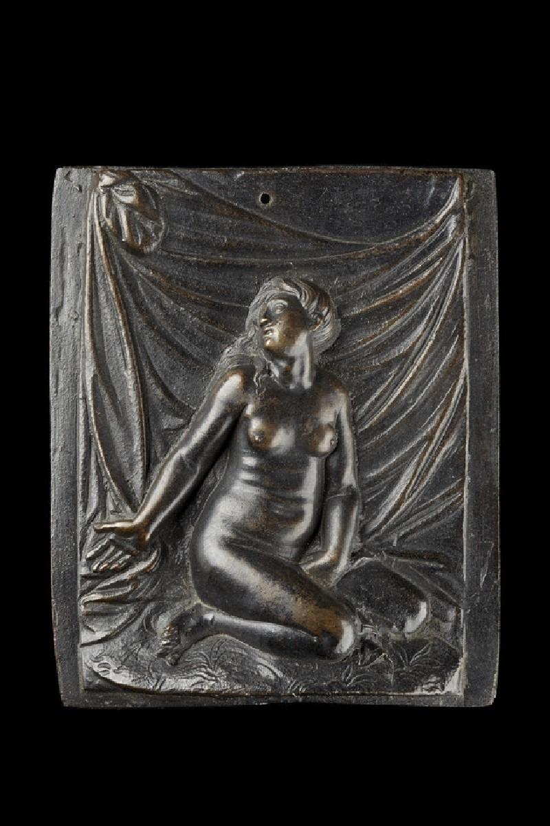 Woman looking upwards (WA1908.148)