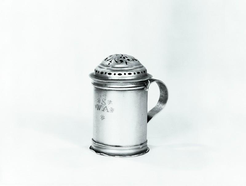 Kitchen Dredger (WA1947.16)