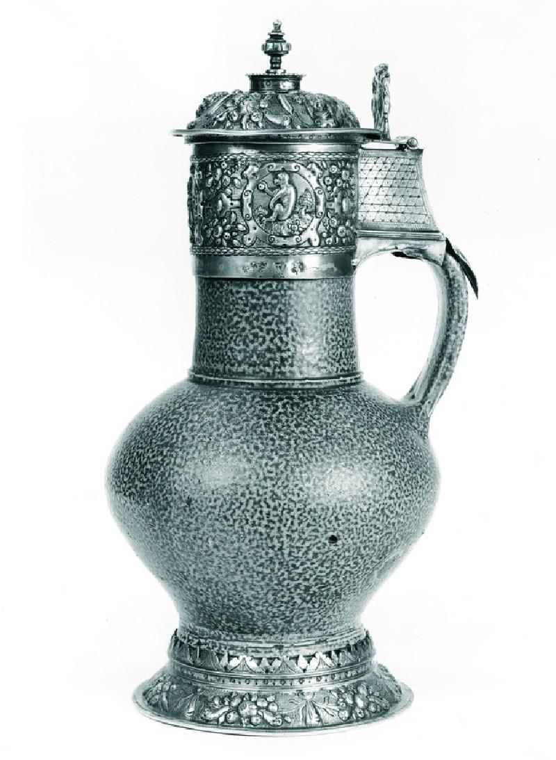 Pot (WA1947.191.143)