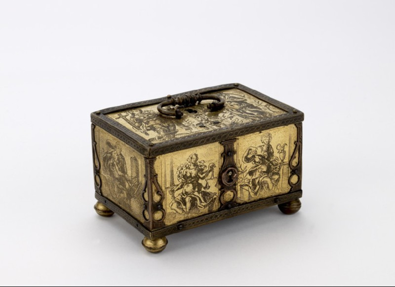 Miniature casket (WA1947.191.179)