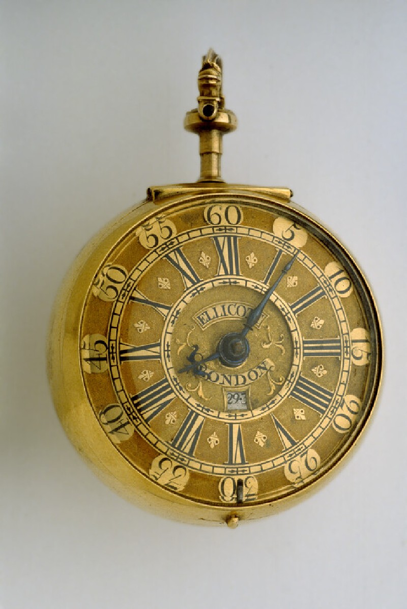 Gold pair-cased verge watch with date indicator