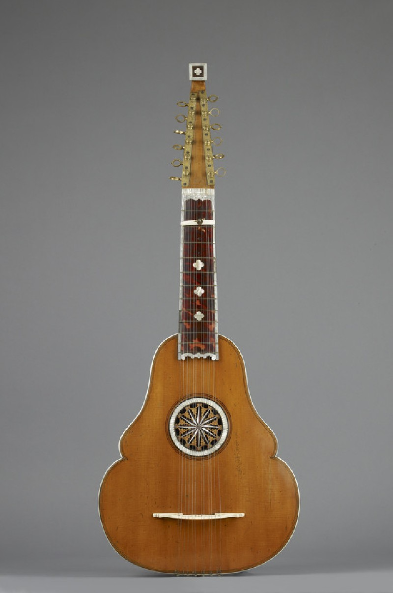 English guittar (WA1948.131)