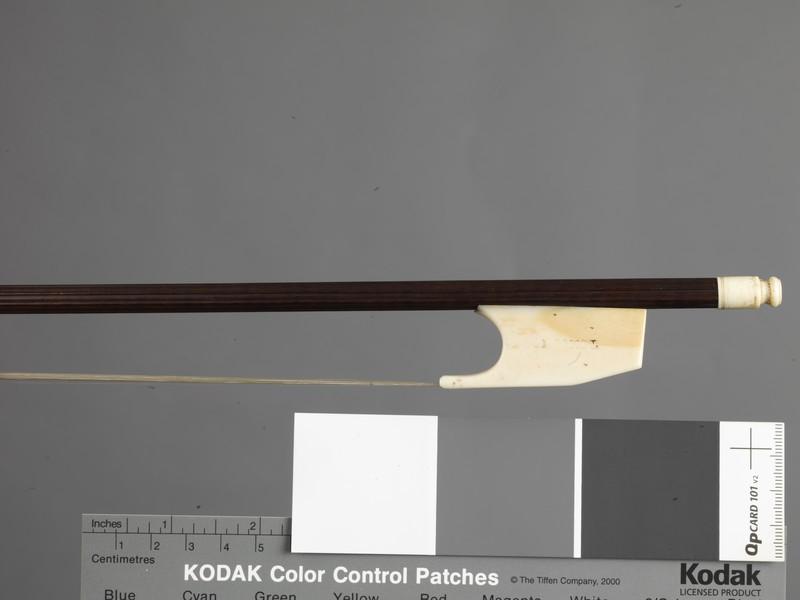 Viola bow (WA1948.140)