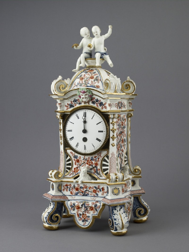 Porcelain clock case