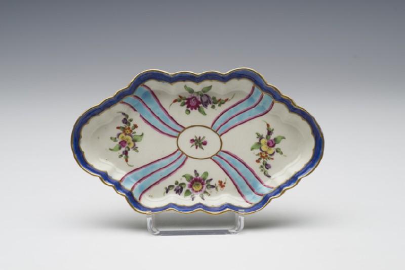 Spoon tray (WA1957.24.1.31)