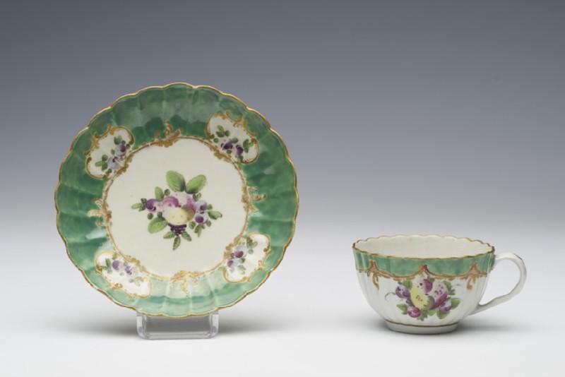 Teacup and saucer (WA1957.24.1.454)