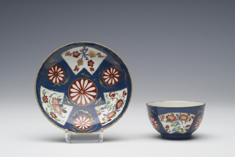 Tea bowl and saucer (WA1957.24.1.731)