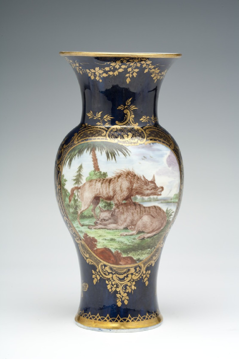 Vase (WA1957.24.1.104)