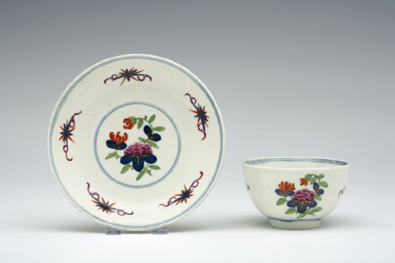 Tea bowl and saucer (WA1957.24.1.1070)
