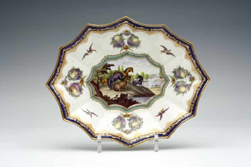 Dish (WA1957.24.1.150)