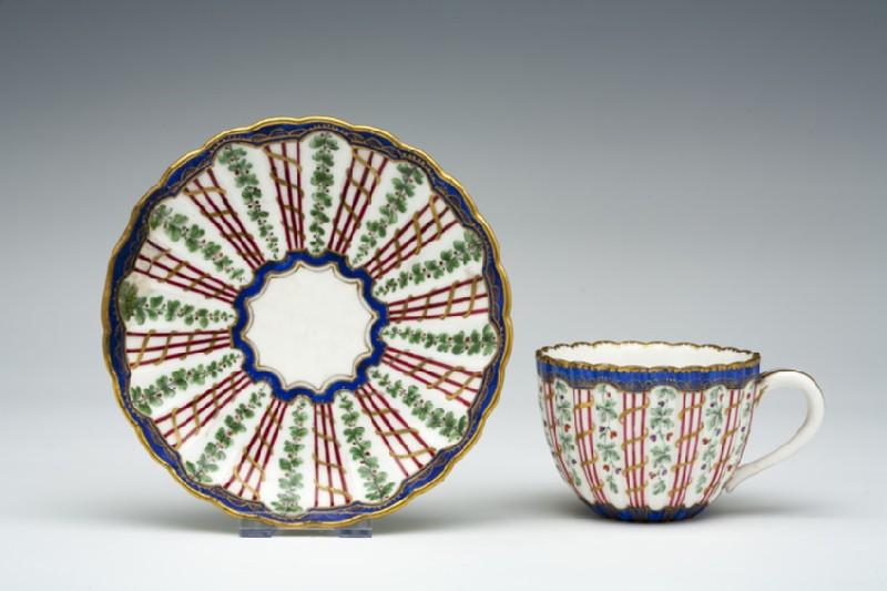 Teacup and saucer (WA1957.24.1.194)