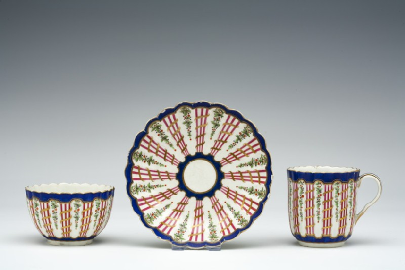 Teabowl, coffee cup and saucer (WA1957.24.1.195)