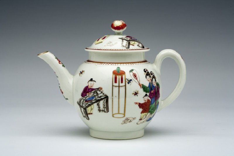 Teapot and lid (WA1957.24.1.282)