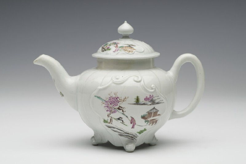 Teapot and lid (WA1957.24.1.294)