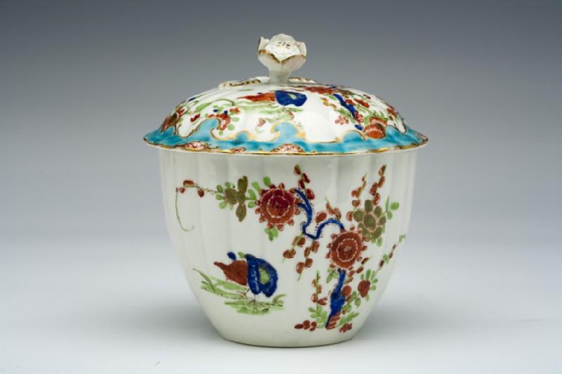 Sugar bowl and cover (WA1957.24.1.381)