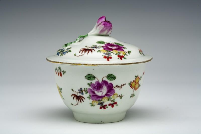 Sugar bowl and cover (WA1957.24.1.410)