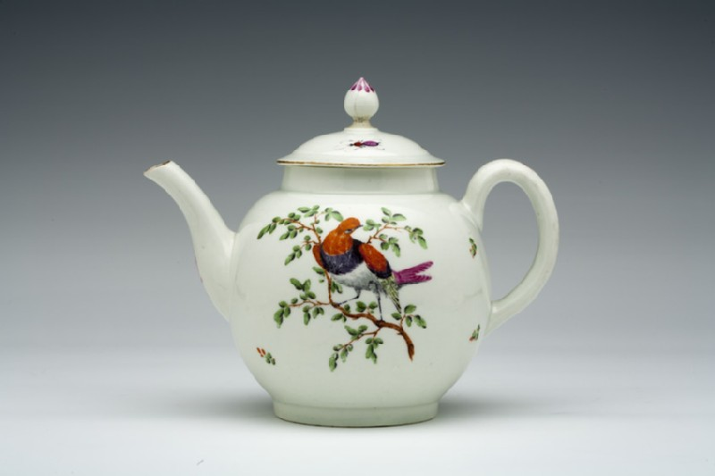 Teapot and lid (WA1957.24.1.498)