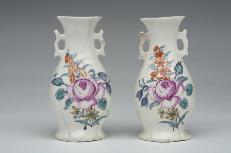 Vase (WA1957.24.1.597)