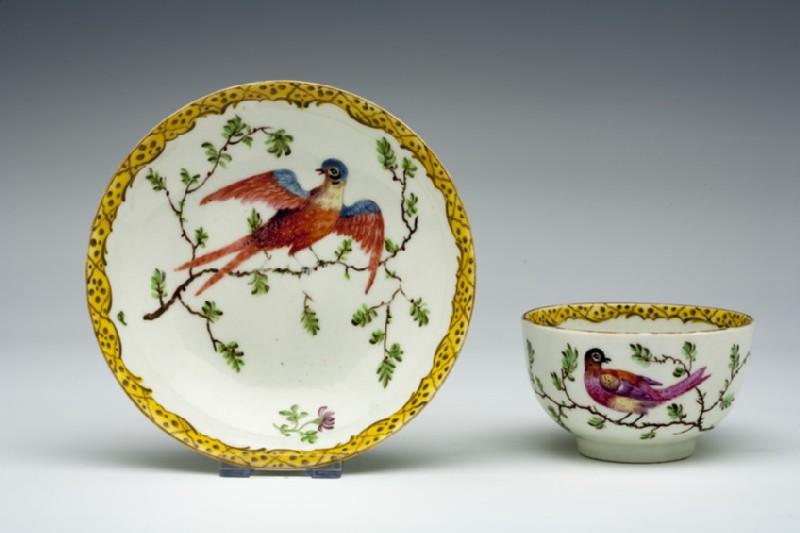 Teacup and saucer (WA1957.24.1.675)