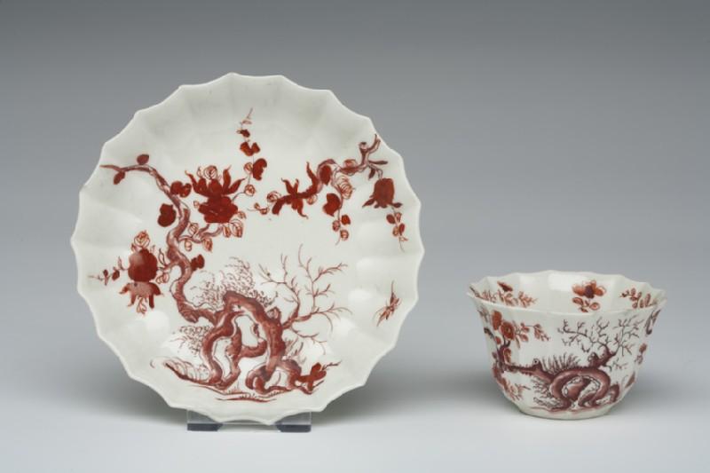 Tea bowl and saucer (WA1957.24.1.764)