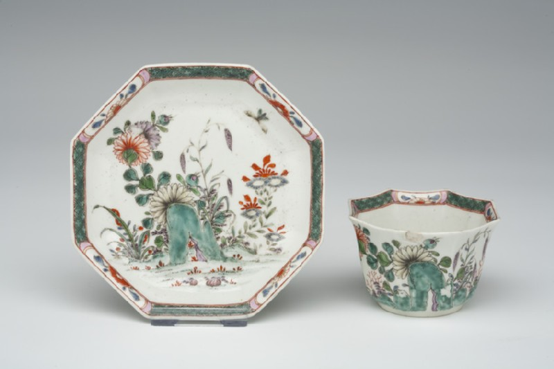 Tea bowl and saucer (WA1957.24.1.767)