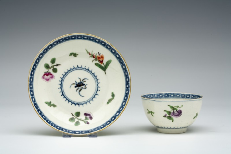 Teabowl and saucer