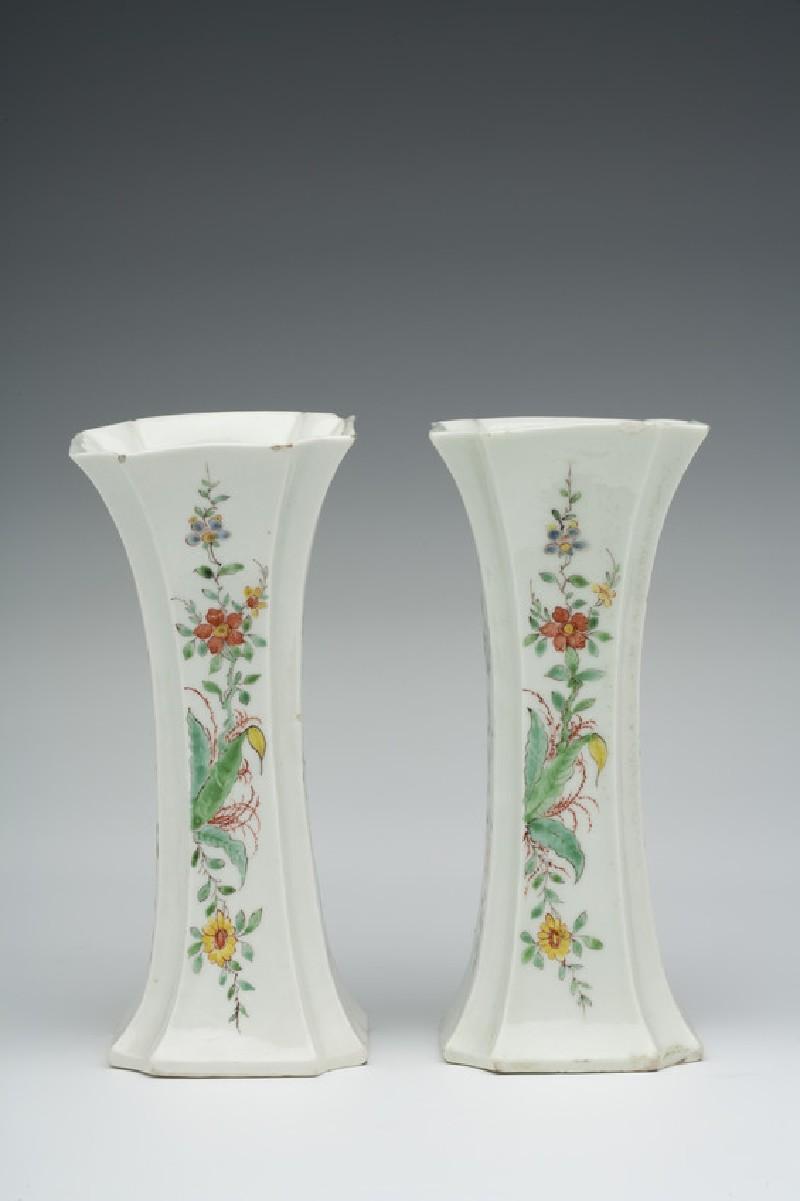 Vase (WA1957.24.1.776)
