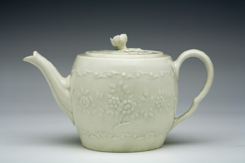Teapot and lid (WA1957.24.1.780)