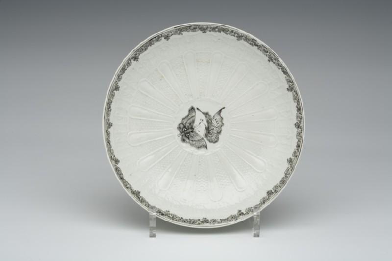 Cake dish (WA1957.24.1.782)