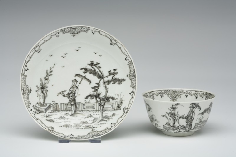 Tea bowl and saucer (WA1957.24.1.783)
