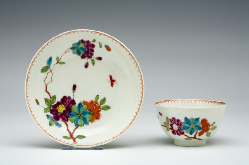 Tea bowl and saucer (WA1957.24.1.871)
