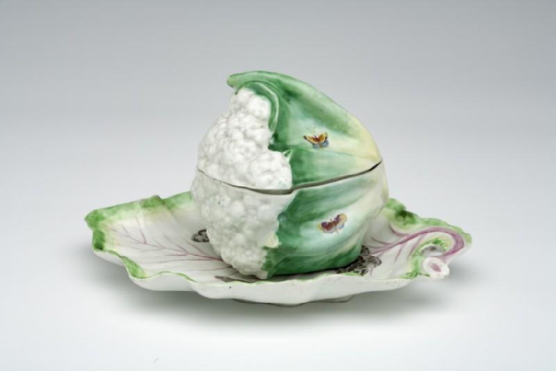 Cauliflower tureen, cover and stand (WA1957.24.1.929)