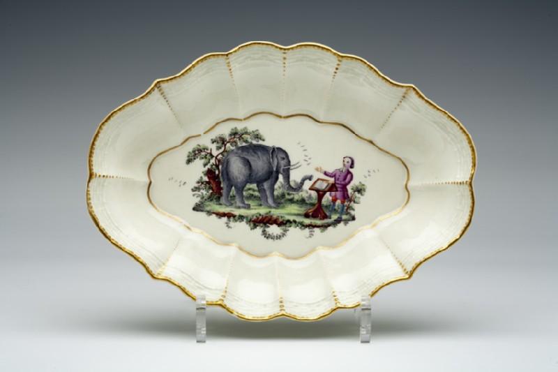 Dish (WA1957.24.1.98)