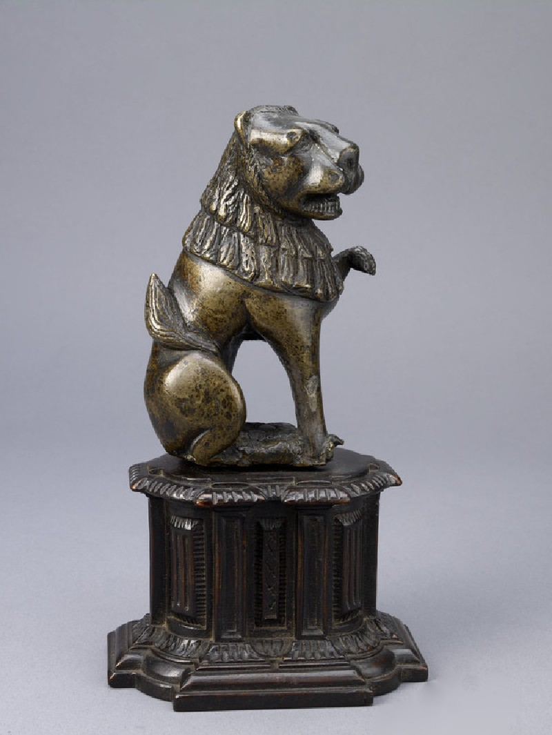 Seated lion (WA1958.21)