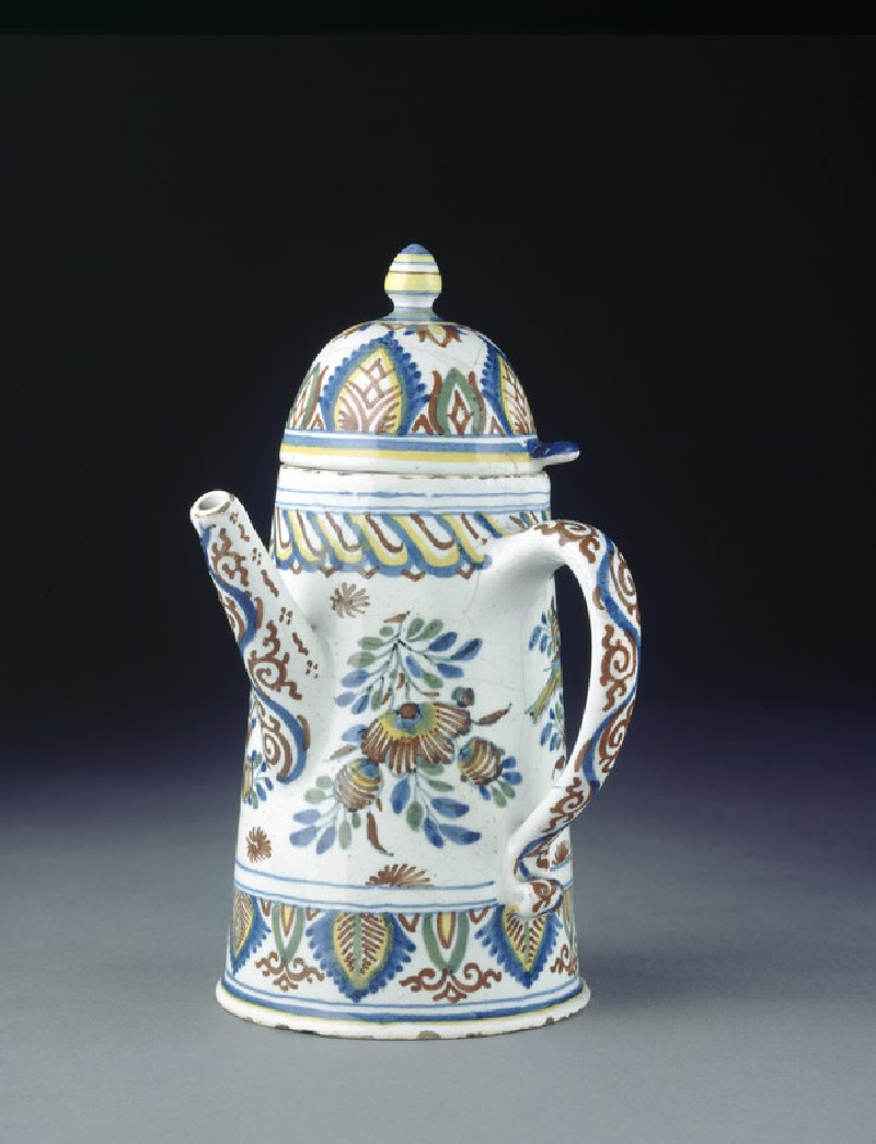 Coffee pot with cover (WA1963.136.124)