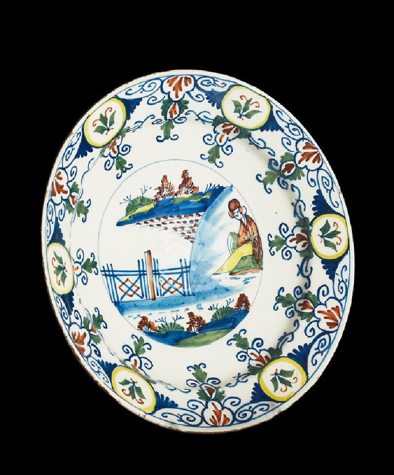 Dish (WA1963.136.145, oblique                )