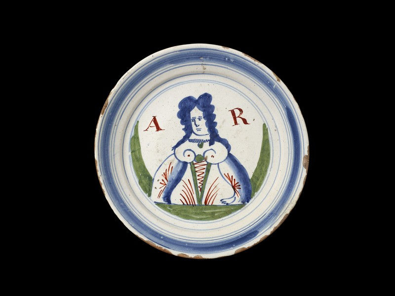 Plate with Queen Anne (WA1967.45.21)