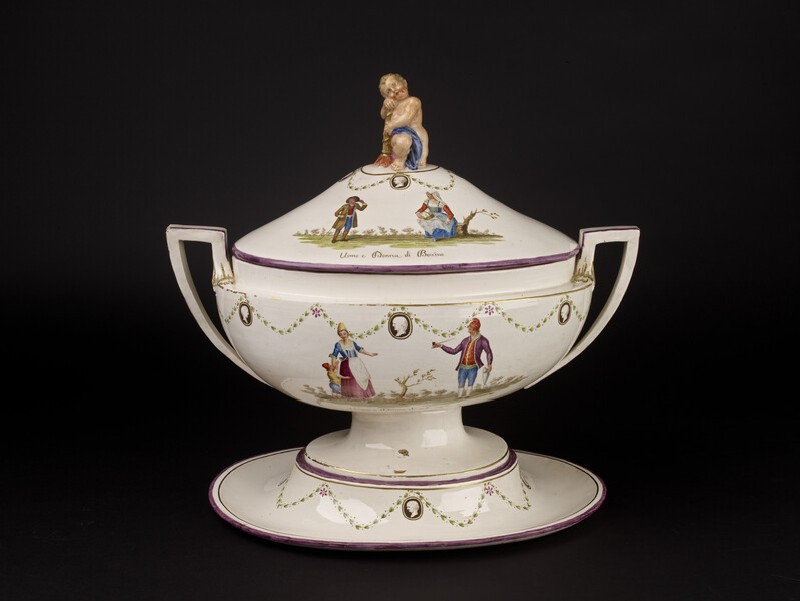 Tureen, characters of the Naples region
