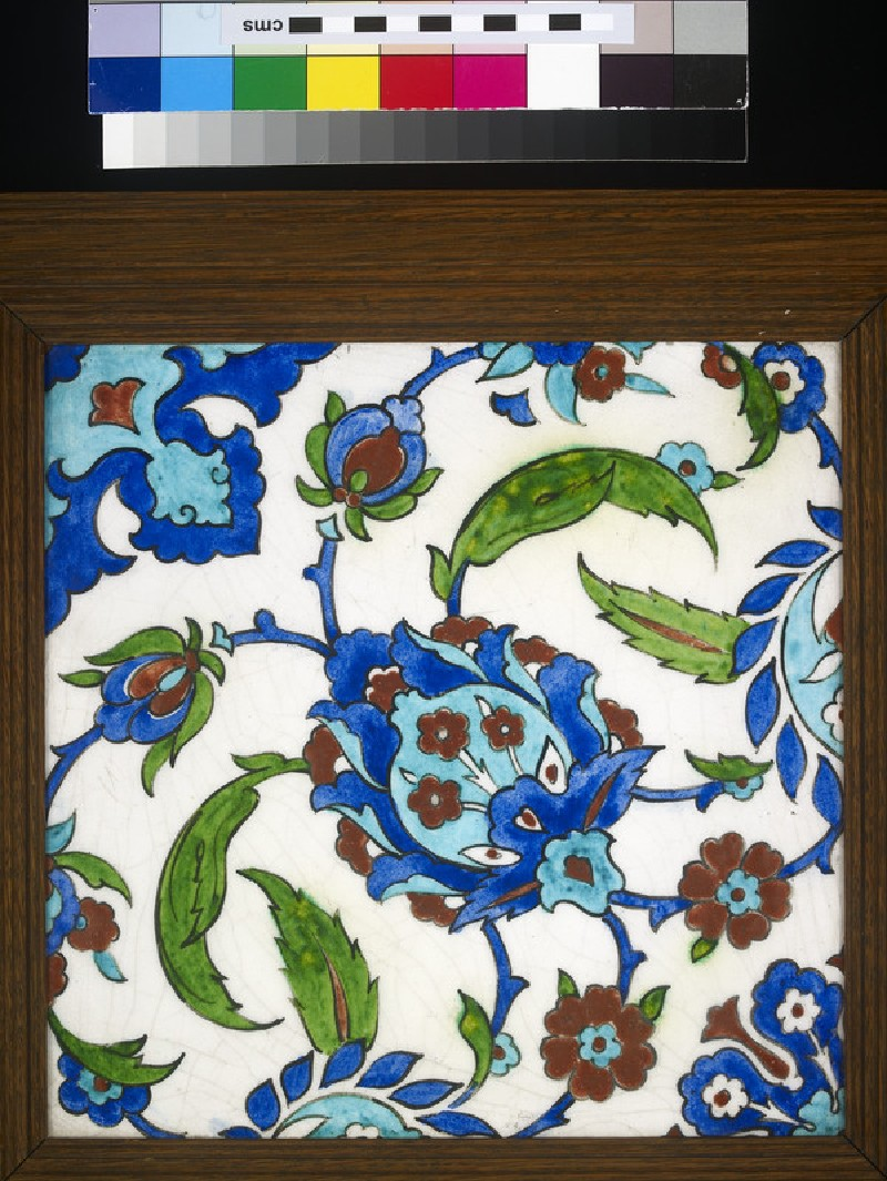 Tile with Iznik style floral design (WA2000.22)