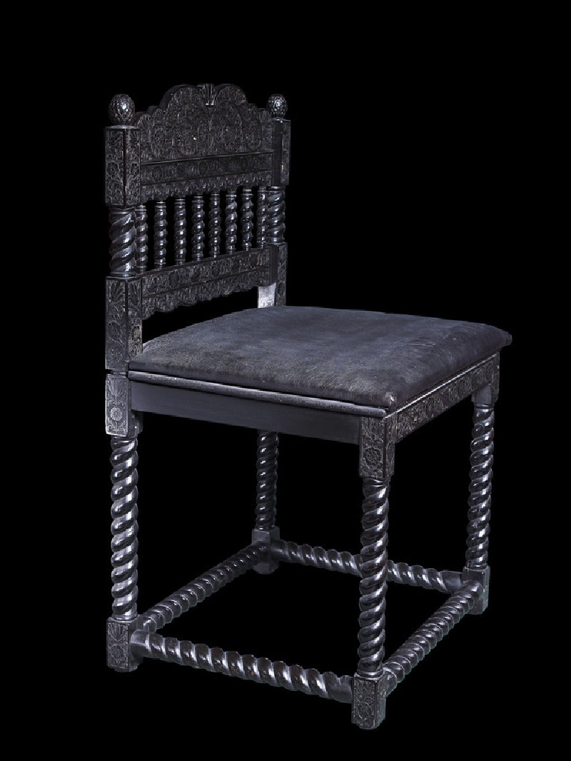 Ebony side chair (WA.OA180, WAOA.180, oblique)
