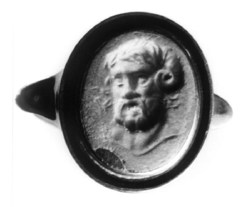 Intaglio gem, Zeus Ammon set in finger-ring