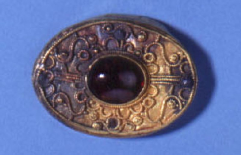 Oval brooch or pommel cap